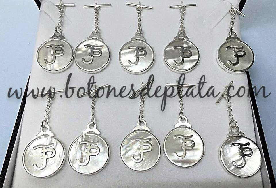 Botones de Plata-Caireles-nacar-y-plata.-Jonatan-Peña
