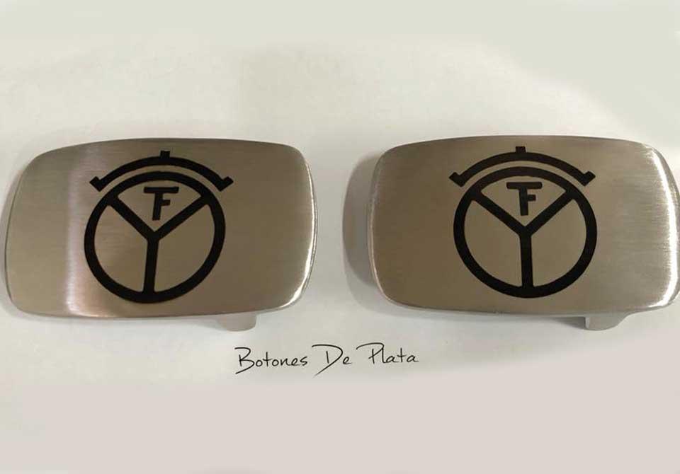botones de plata-Hebilla-plateada-grabada-1