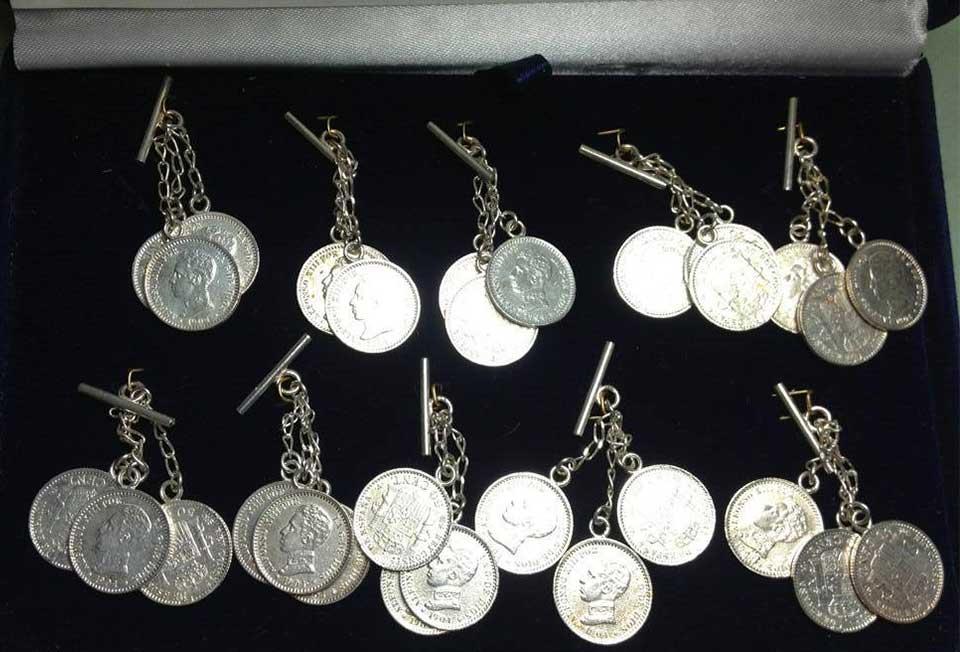 Botones de Plata-caireles-replica-monedas-antiguas