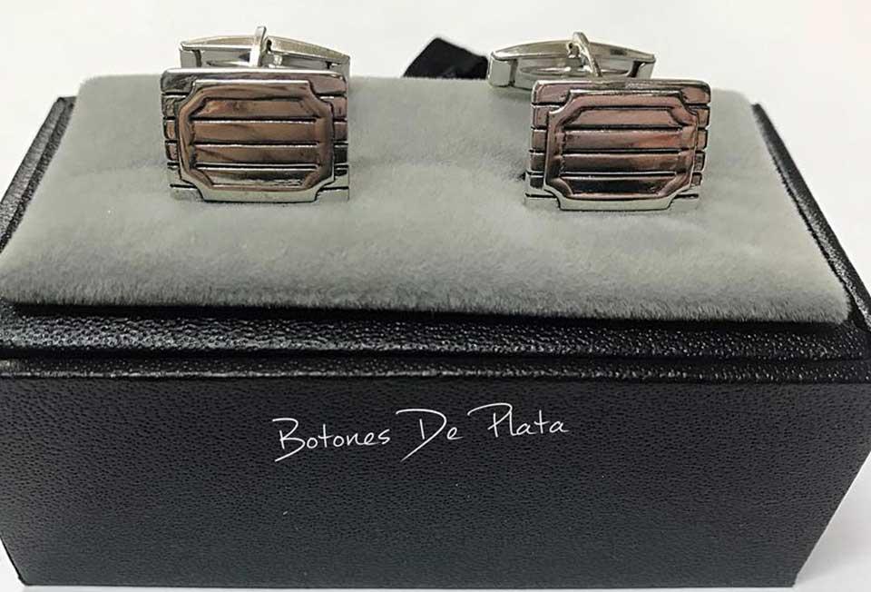 Botones de Plata-gemelos-burladero