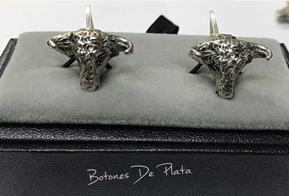 Botones de Plata-gemelos-cabeza-de-toro