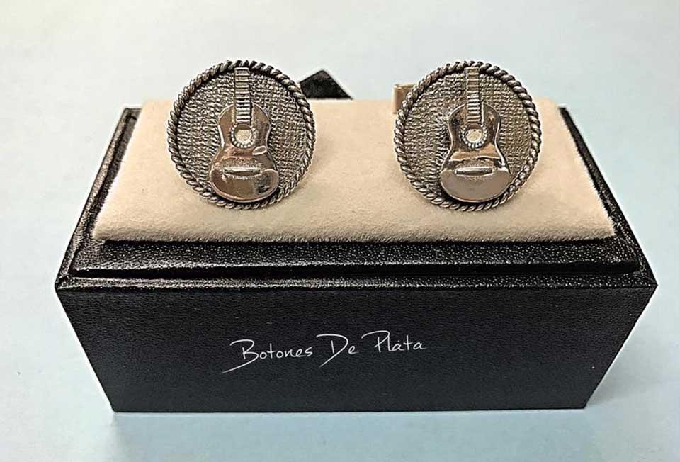 Botones de Plata-gemelos-de-guitarra
