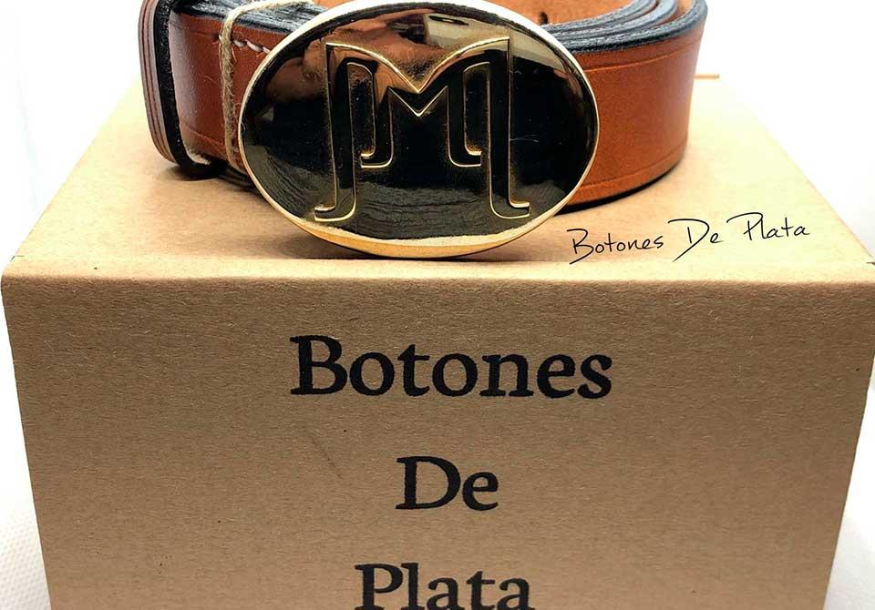botones de plata-hebilla-personalizada-con-cinturon