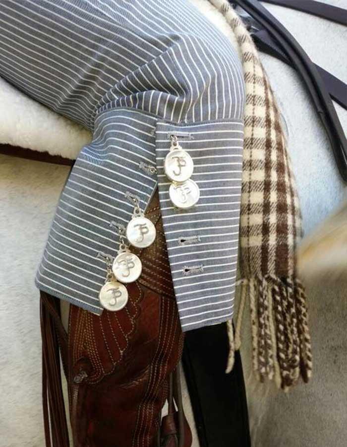 botones de plata-portada_caireles