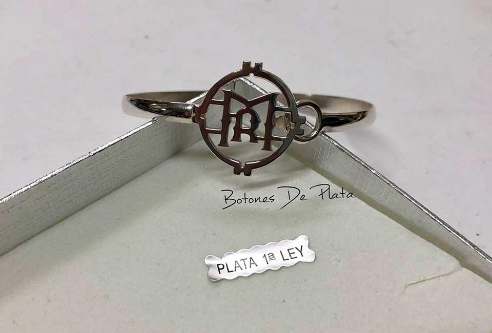 botones de plata-pulsera-personalizada-1
