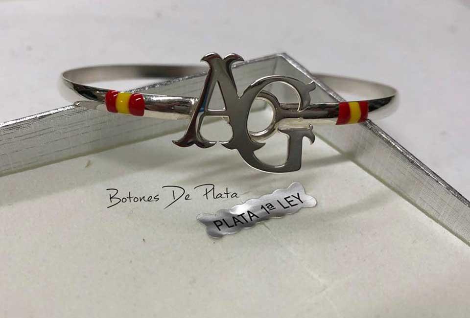 botones de plata-pulsera-personalizada-a-color