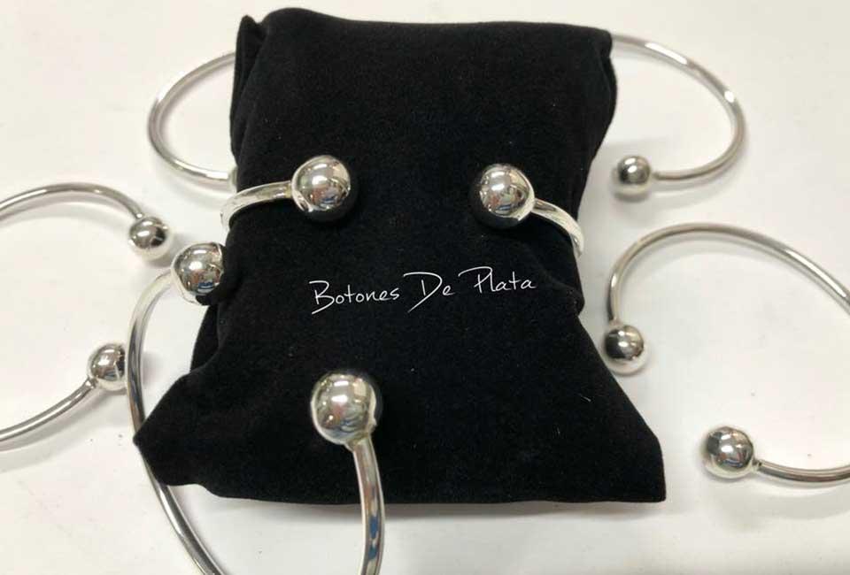 botones de plata-pulseras-bolas