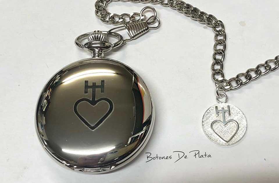 botones de plata-reloj-bolsillo-grabado-y-chapa-de-plata-9