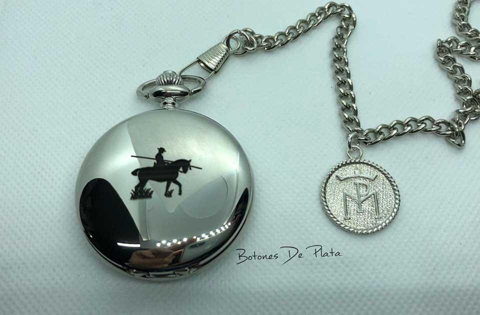 botones de plata-reloj-bolsillo-imagen-y-chapa-personalizada