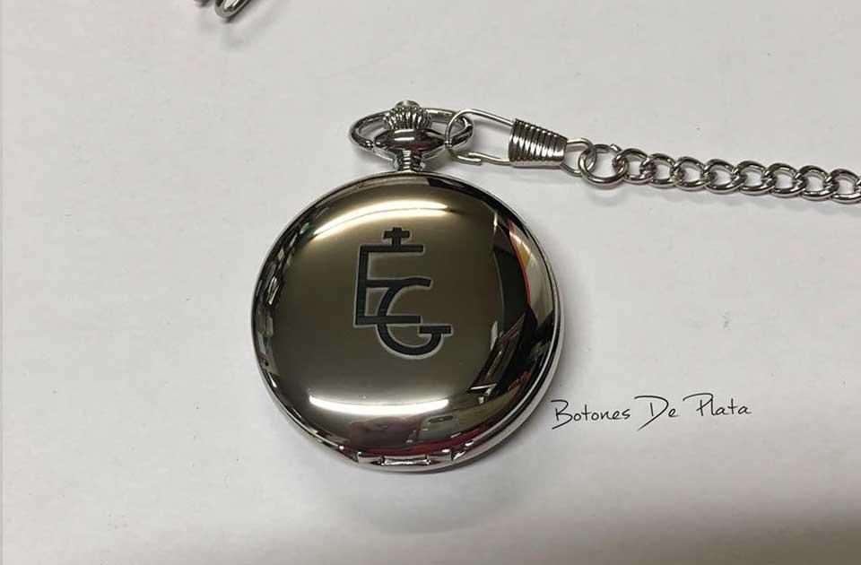 botones de plata-reloj-de-bolsillo-grabado-6