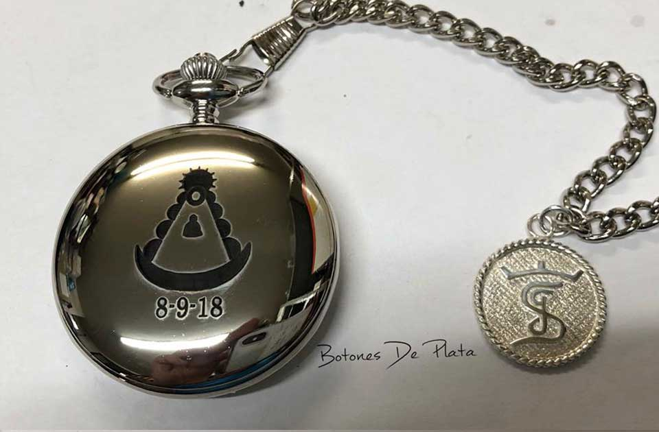 botones de plata-reloj-de-bolsillo-grabado-vgen-Rocio-y-chapa-plata